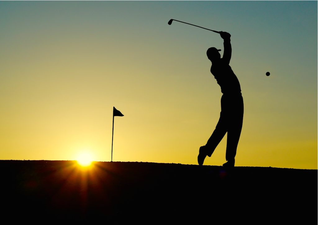 Guys just Golfing in the Garden Route includes 4 golf games at Pezula, Simola and Fancourt one of which is The Links at Fancourt